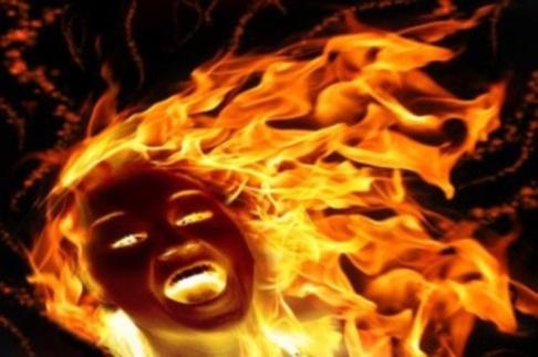 immole par le feu
